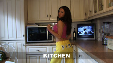 Gemma Massey Kitchen Video
